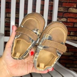 Size 3 Infant Boys Plaid Loafers